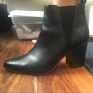 Forever 21 Shoes - Forever 21, size 7, ankle boot.
